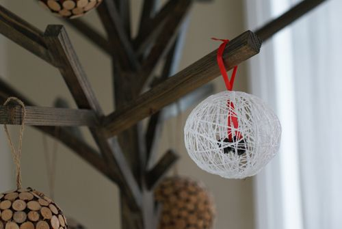 starchy ornament: Crafts For Kids, Christmas Crafts, Christmas Gifts Ideas, String Ornaments, String Crafts, Cute Ideas, Christmas Ornaments, Ornaments Ideas, Diy String