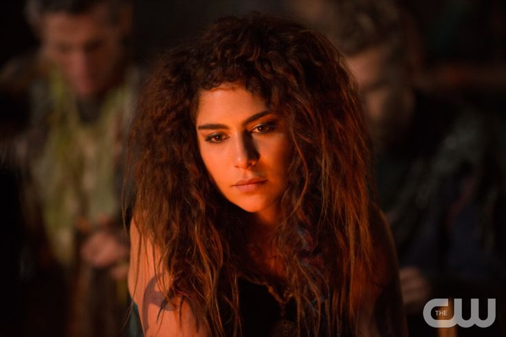 "The 100 -- ""Red Sky at Morning"" -- Image HU314a_0230 -- Pictured: Nadia Hilker as Luna -- Credit: Diyah Pera/The CW -- © 2016 The CW Network, LLC. All Rights Reserved"