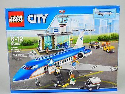 LEGO City AIRPORT PASSENGER TERMINAL 60104 (694 PCS) oobt