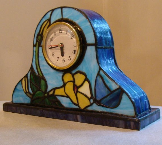 Stained Glass Clock                                                                                                                                                                                 Más