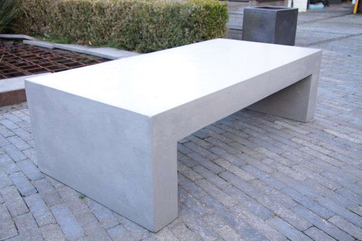 Concrete bench by Dsign