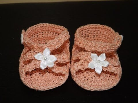 Again, foreign baby sandals but maybe I can figure it out visually