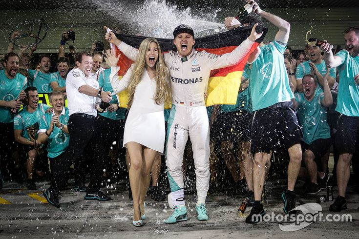 Nico Rosberg, Mercedes AMG F1 celebrates his World Championship with his wife Vivian Rosberg and the team