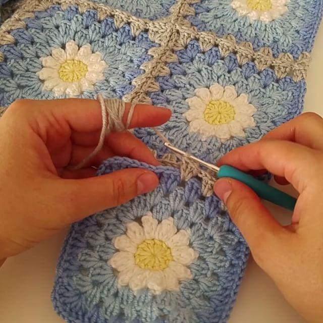 Battaniye motiflerini bu şekilde birleştiriyorum. Umarım yardımcı olmustur…