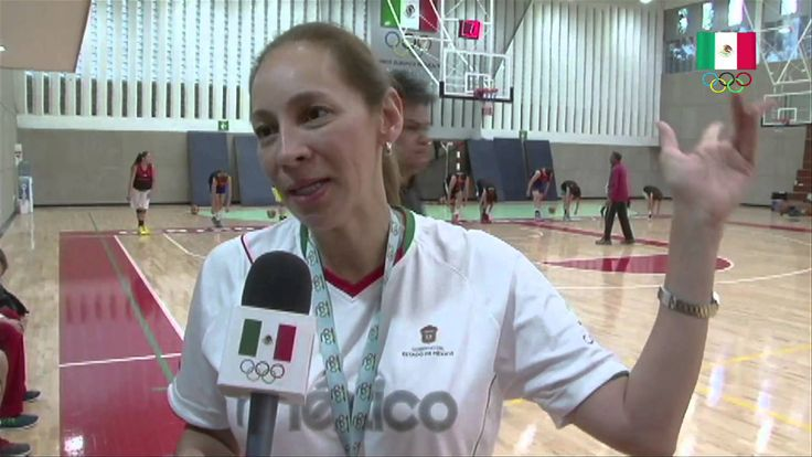 El equipo femenil mayor de baloncesto integrado por 15 jugadoras y dirigido por Elsa Hayashi viajó este lunes a La Habana, Cuba, para enfrentar los últimos tres partidos de preparación rumbo al Campeonato Centrobasket, que se realizará en Monterrey, Nuevo León, del 22 al 26 de julio.