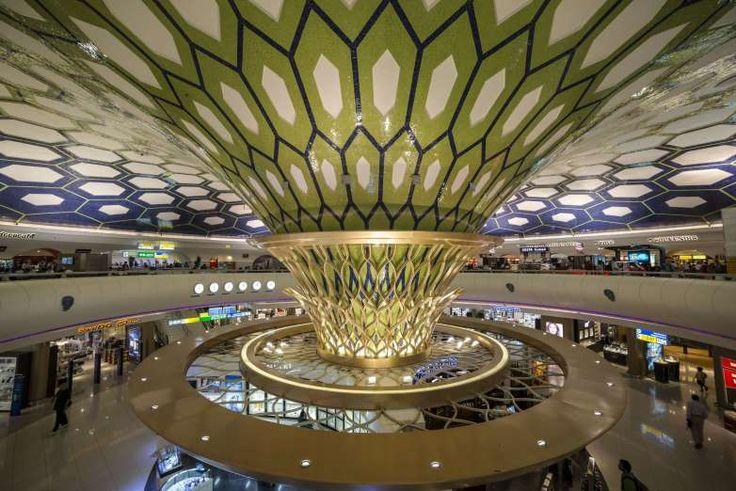 29. Abu Dhabi Internationall Airport, UAE - Image Broker/REX