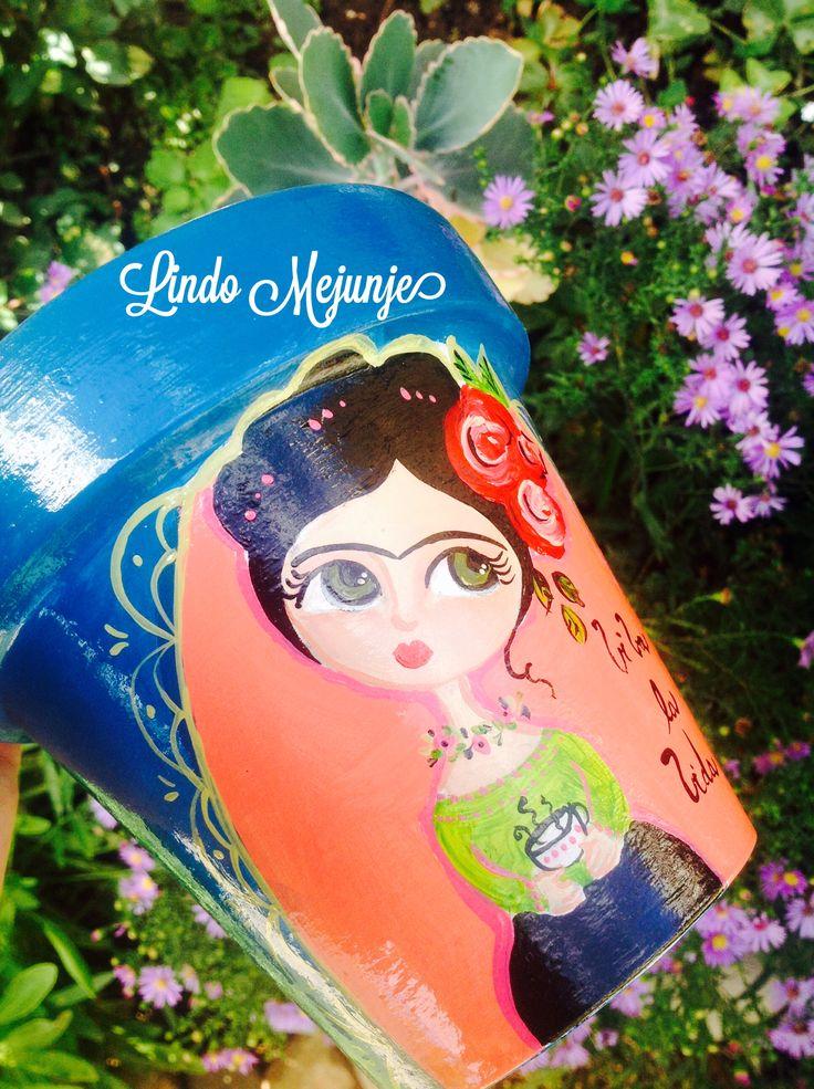Macetas Pintadas a mano FRida Kahlo by Lindo Mejunje