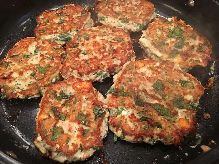 Chicken Feta Spinach Patties via @17ddblog