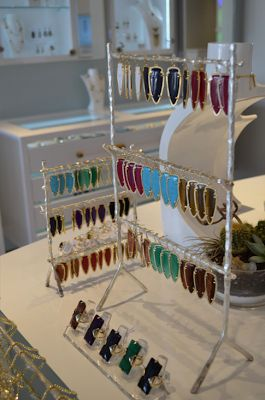 A Visit to the New Kendra Scott Store - The HSS FeedThe HSS Feed