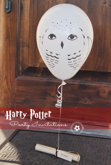 "Send out owl balloon party invitations. | 29 Essentials For Throwing The Perfect ""Harry Potter"" Party♦ℬїт¢ℌαℓї¢їøυ﹩♦"