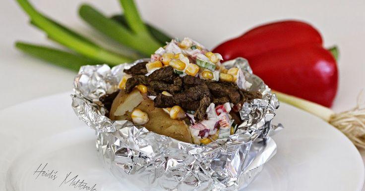 Bakt potet kan nytes som et måltid i seg selv...   Du kan også ha det som tilbehør til  alle typer stekt og grillet kjøtt...              ...