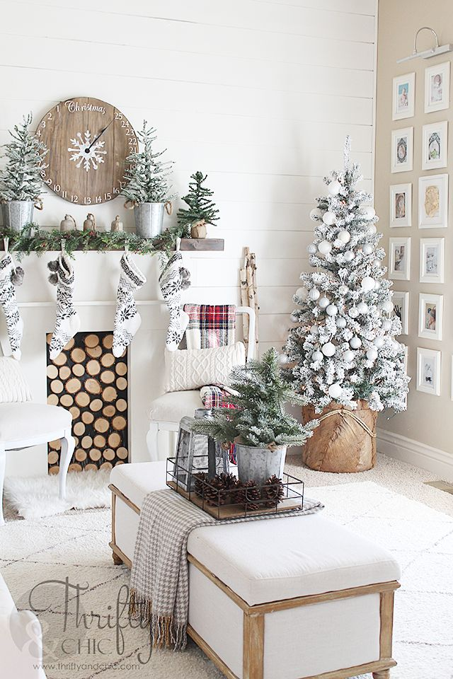 Farmhouse Christmas decor and decorating ideas. White and red Christmas decor. Fixer upper style, farmhouse style