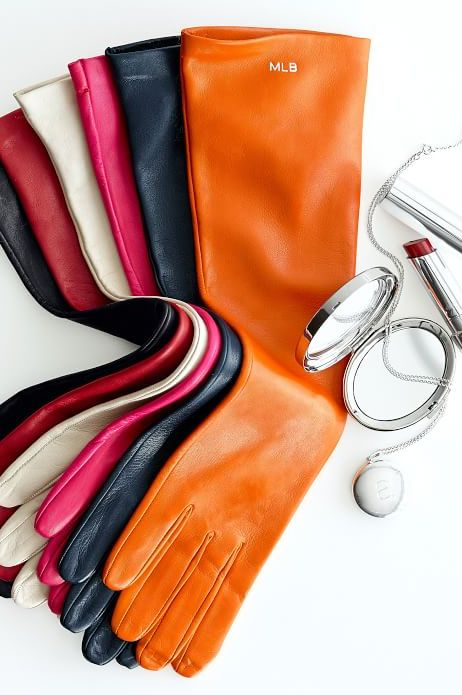 Italian leather gloves with optional monogram