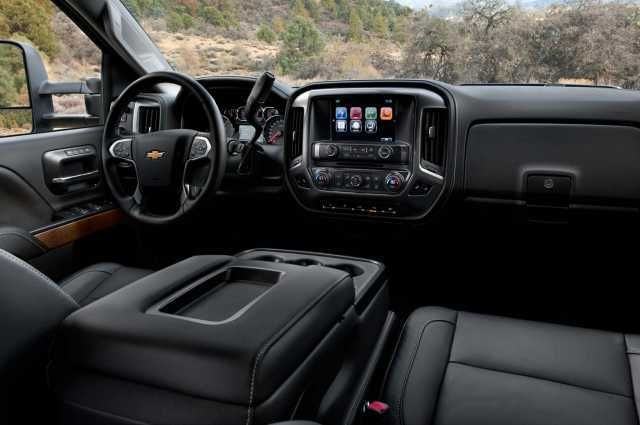 2017 Chevy Silverado 2500HD interior