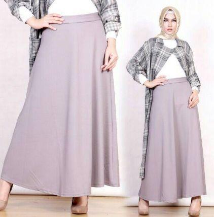 Tampil Modis dengan Kombinasi Fashion Skirt Style
