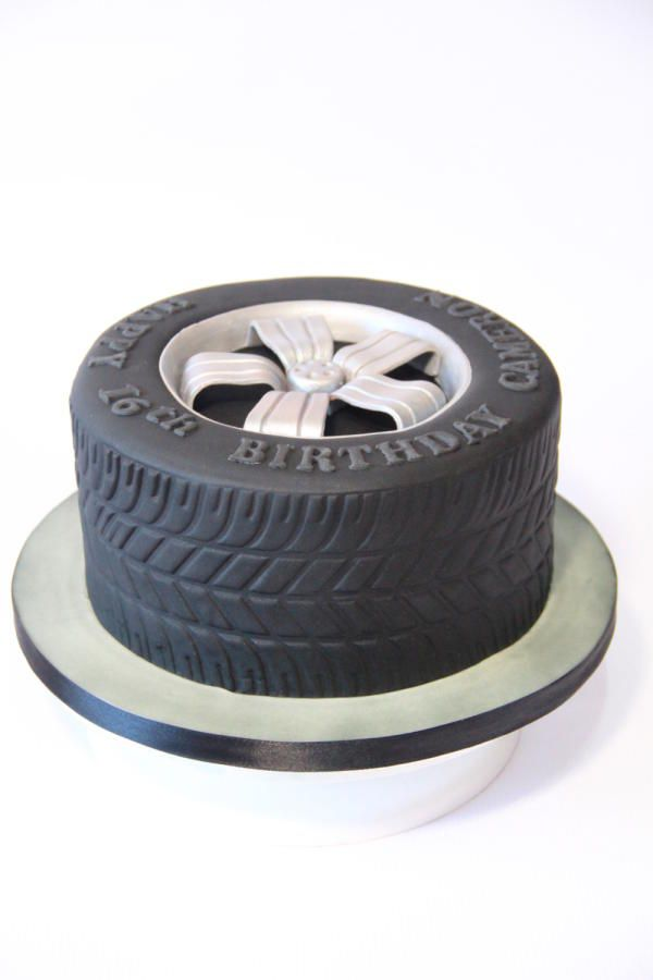 Tire cake - Cake by Cake Addict
