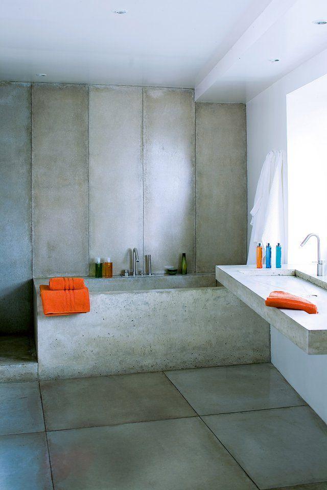 Une salle de bains entièrement bétonnée - Marie Claire Maison
