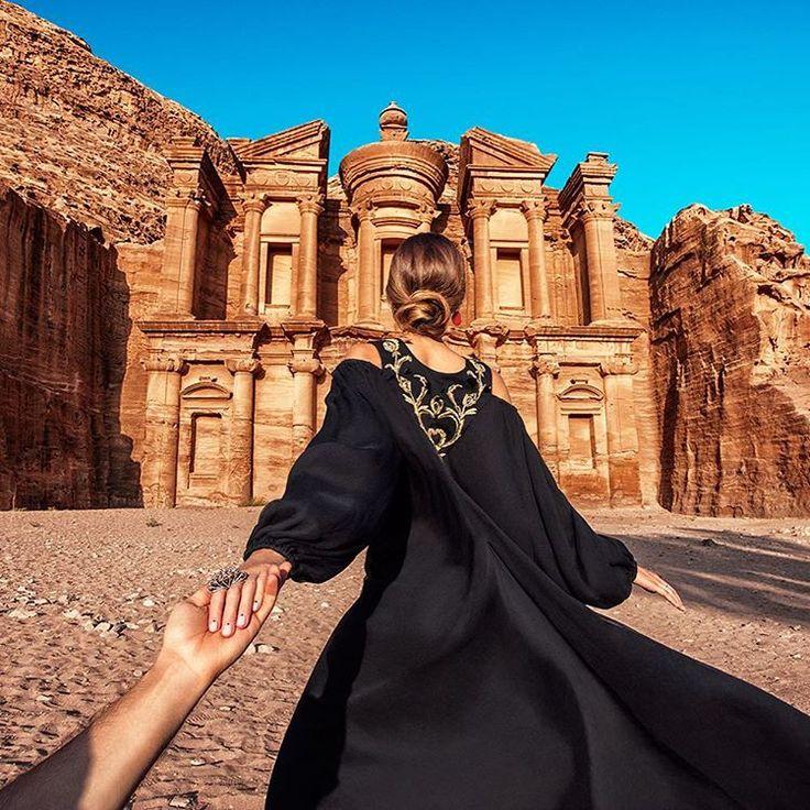 #followmeto Petra Monastery with @Natalyosmann. #следуйзамной к монастырю в городе Петра. В это воскресенье в 10:10 на…