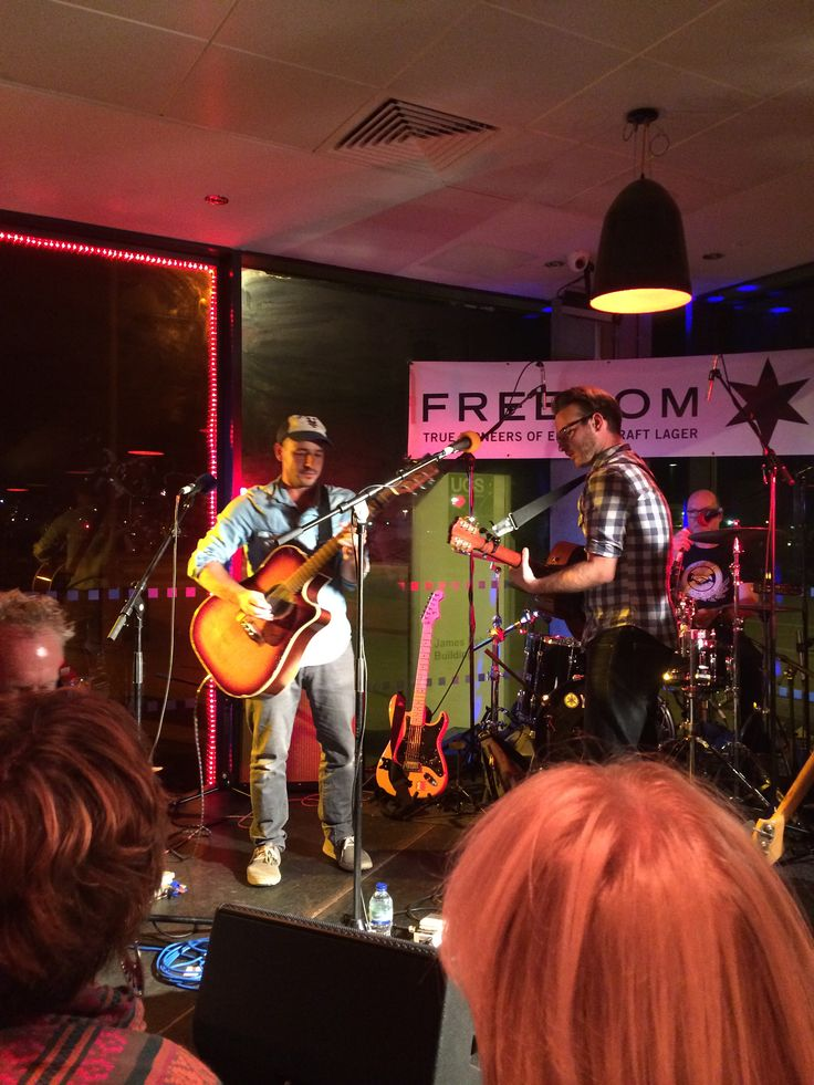 Turin Brakes - Live at the Cult Cafe Bar Ipswich 5/9/14