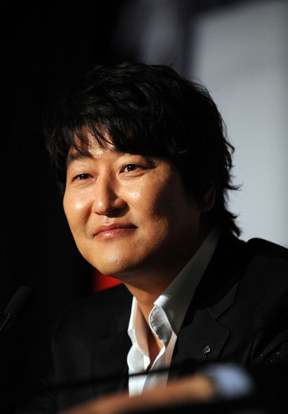 "Song-Kang-Ho Photos - Korean actor Song Kang-ho attends the ""Thirst"" (Bakjwi) Photocall held at the Palais Des Festivals during the 62nd International Cannes Film Festival on May 15, 2009 in Cannes, France.  (Photo by Pascal Le Segretain/Getty Images) * Local Caption * Song Kang-ho - Thirst Press Conference- 2009 Cannes Film Festival"