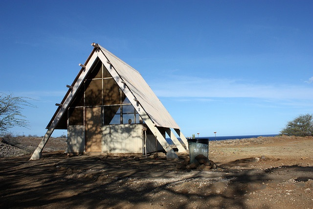 A frame hut camping hapuna beach state park hawaii for Oahu camping cabins