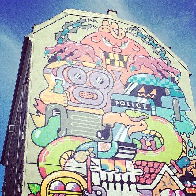 Just because I #love #street #art and Copenhagen is so full of painted gables. This one is from #Nørrebro. #copenhagen #copenhagenfavorites #cph #kbh #københavn #voreskbh #visitcopenhagen #sharingcph #deldinby #delditkbh #copenhagenize #kigopkbh #visitdenmark #toursincopenhagen.com
