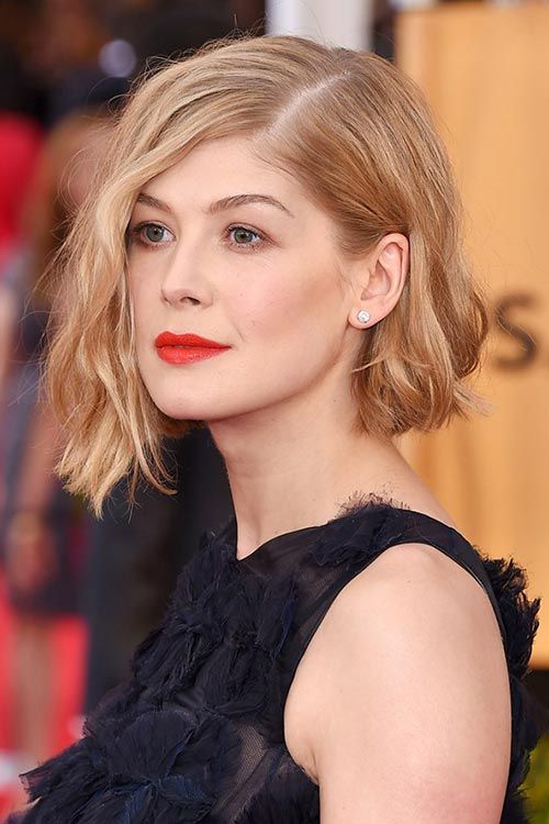 SAG Awards 2015 Hairstyles and Makeup: Rosamund Pike  #hairstyles #hair #celebrityhairstyles