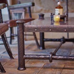 Table base en fer forgé