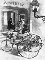 Bertha Benz, die Ehefrau des Automobil-Erfinders Carl Benz, unternimmt vor 125 Jahren im August 1888 mit ihren beiden Söhnen auf einem Benz Patent-Motorwagen d