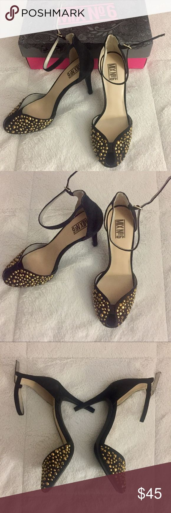 Black sandals at dsw - Nwt Mixno6 Gold Stud Black Heels Brand New With Box Woman S 8 1 2