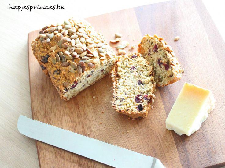 Havermoutbrood met hazelnoten en rozijntjes - Hapjes Princess GEZOND ETEN ! gezond recept eat clean eat healthy
