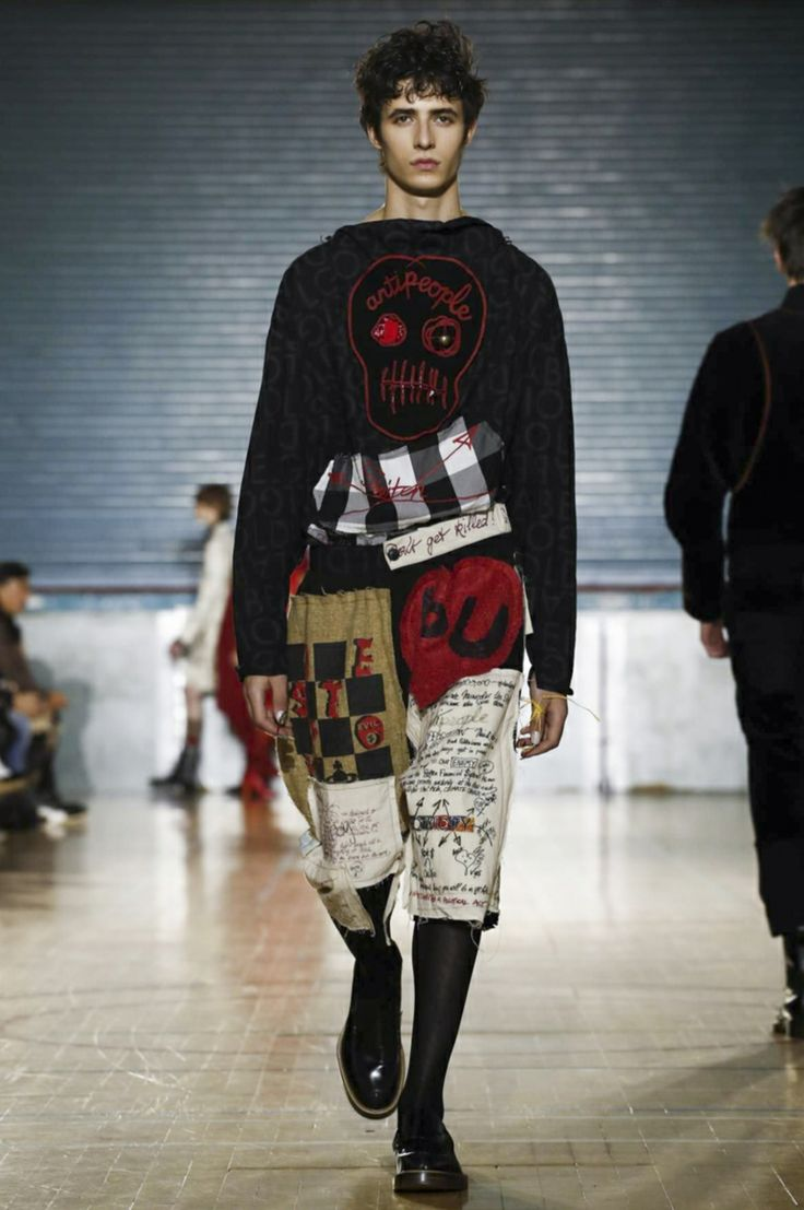 Manetsmodels vivienne westwood fw17 portrait of the artist as a young derelict by jean