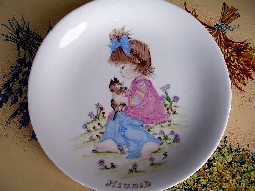 assiette enfant peinture sur porcelaine pinterest porcelaine le coin et. Black Bedroom Furniture Sets. Home Design Ideas
