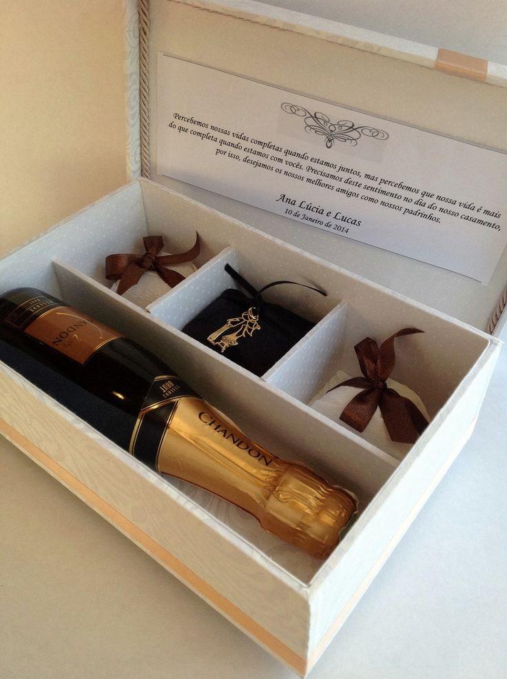 Lembrança Padrinhos caixa para champanhe | Atelier Siomara França | Elo7