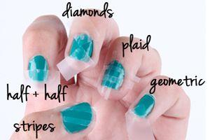 DIY: scotch tape nail art