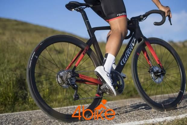 أطلق Wilier Cento10 Sl دراجة هوائية من الدرجة الثانية ميسورة التكلفة In 2020 Bike Bike News Road Bike