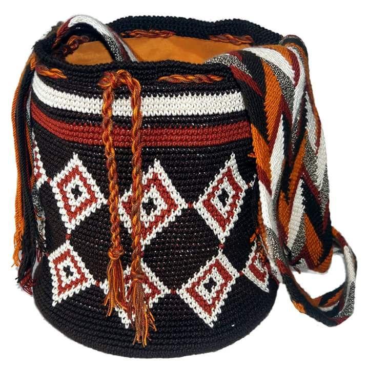 Nueva Mochila en nuestra tienda! El link -> www.ctejidas.com #mochilas #mochilaswayuu #hechoamano