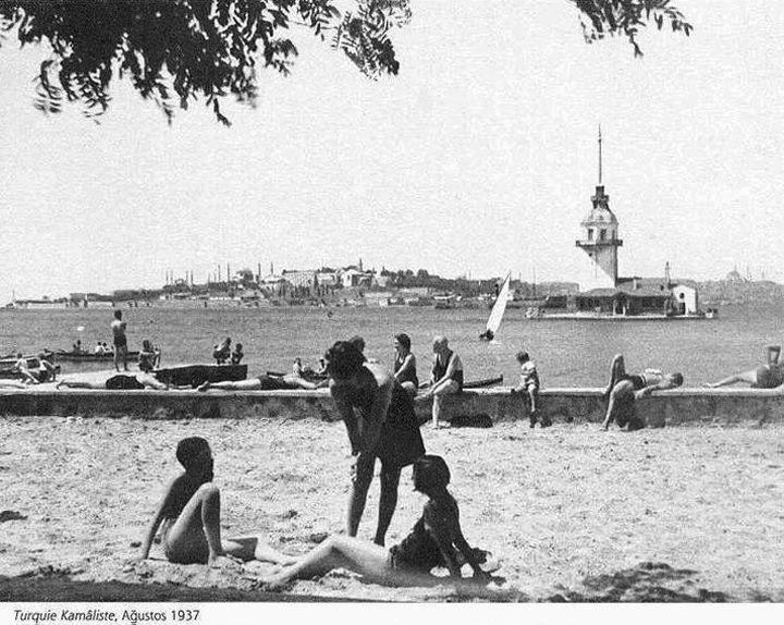 Salacak Plajı, 1937.