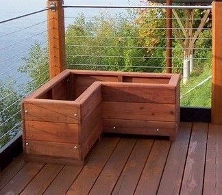 l-shaped_planter_at_don_mcgee_s_with_beautiful_ocean_view_cropped_edited_022711.jpg (324×285)