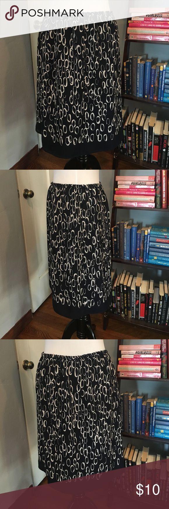 Liz Claiborne Black and White Circle Skirt Simple, circle skirt with a beautiful circle pattern. Elastic waistband and black trimming. EUC Liz Claiborne Skirts
