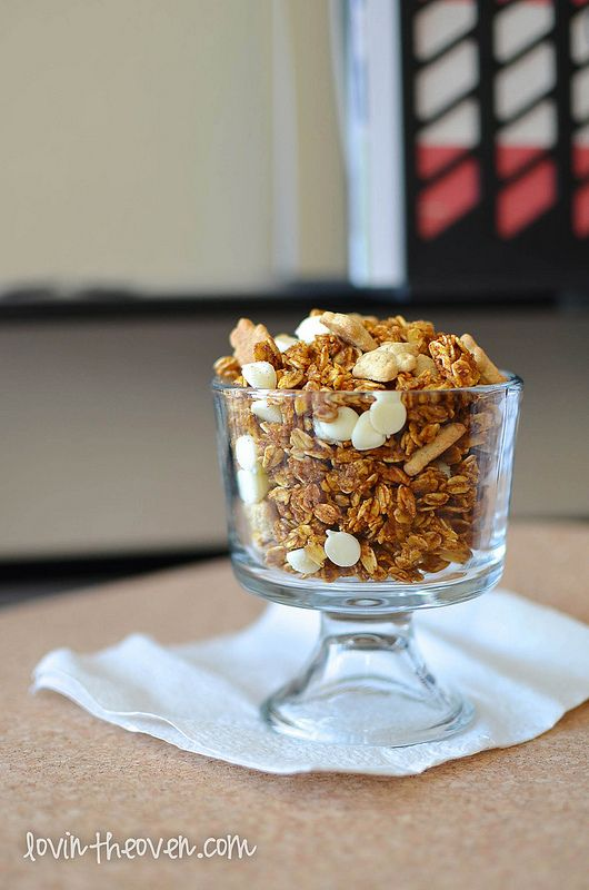 Pumpkin Pie Granola & a Tate's Bake Shop Giveaway | Recipe