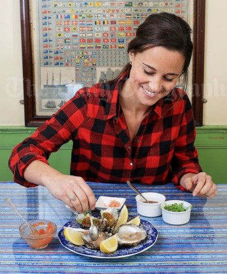 #Pippa #Middleton shucks oysters in Whitstable for her Sport & Social Column in the Telegraph