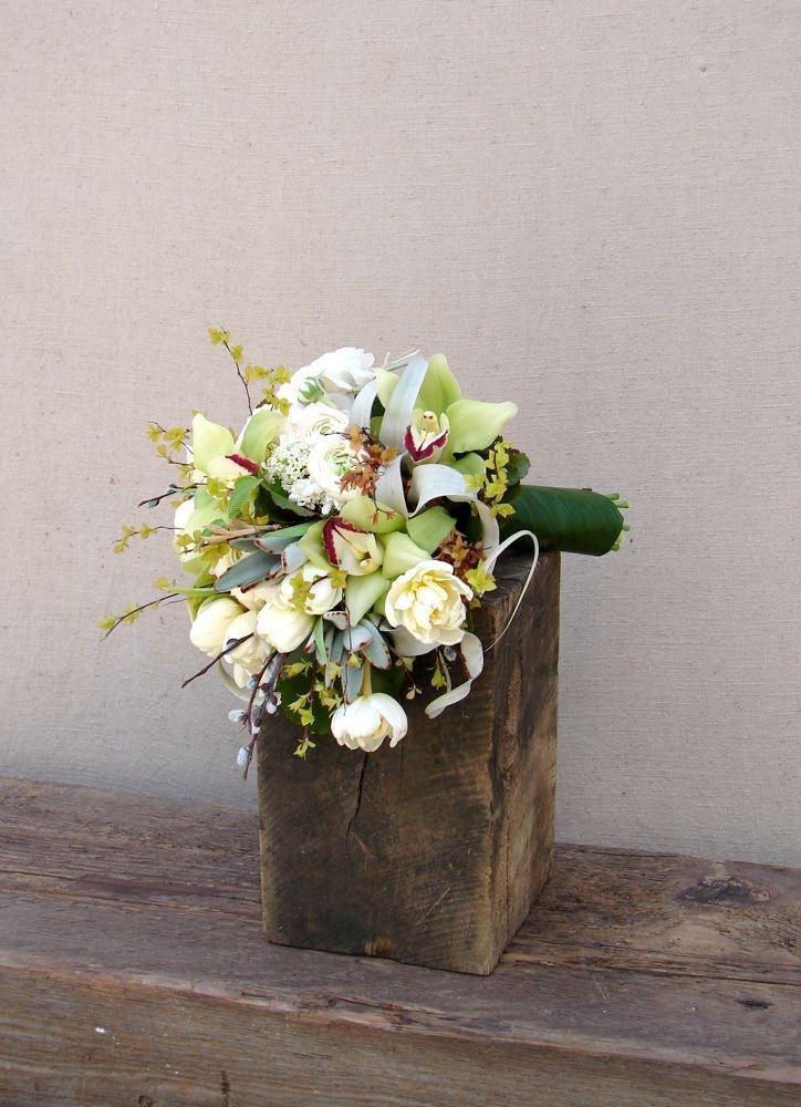 White, cream and green bride's bouquet...