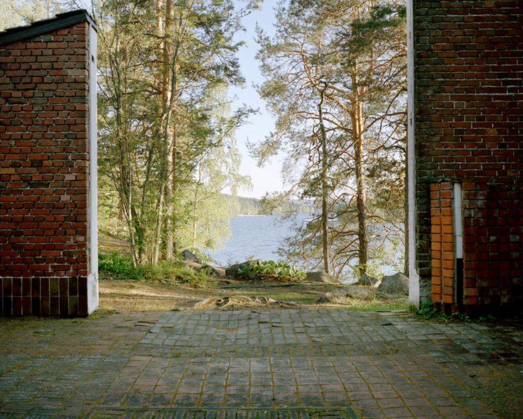 Experimental House, Muuratsalo, Finnland, Alvar Aalto, 1952-53. Courtesy Armin Linke, 2014, VG Bild-Kunst, Bonn, 2014.