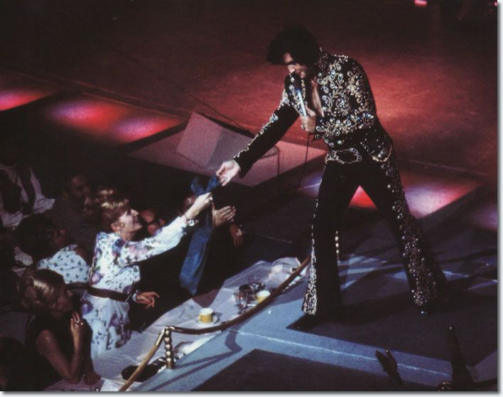 Vegas 1972 - Elvis had an intuitive feeling for what his audience wanted to hear. The order of the songs was strictly Elvis' choice, though he welcomed suggestions from his musicians. There was surprisingly few special effects, and little emphasis on production values. Elvis was the show (August 31, 1973)