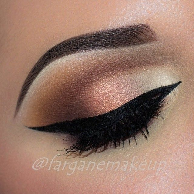 Eye Makeup Get your comprehensive pageant preparation timeline and checklist here: http://thepageantplanet.com/pageant-preparation-timeline-checklist/
