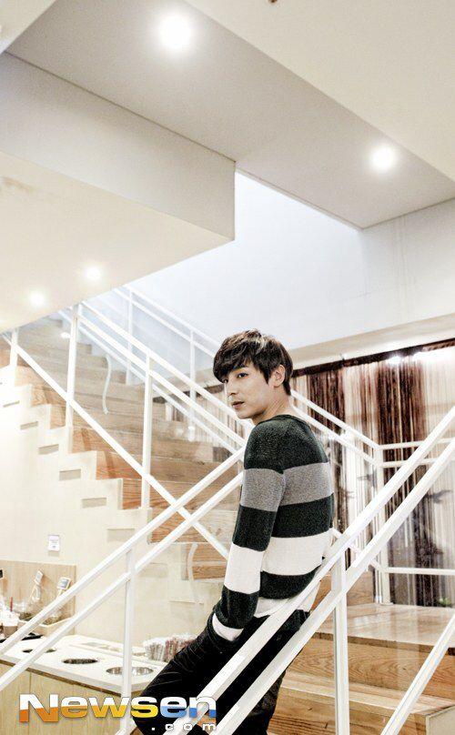 2014-7-1 media interview   Kim Ji Han (Jin Yi Han)