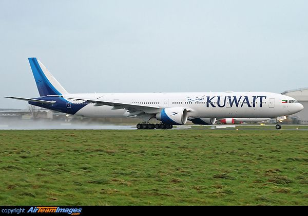 Kuwait Airways took delivery of their first Boeing 777-300(ER) in November 2016. The carrier also introduced a new colour scheme with the new type. 9K-AOC is seen making its first visit to Shannon, operating the daily KAC 117, Kuwait City-New York JFK service.