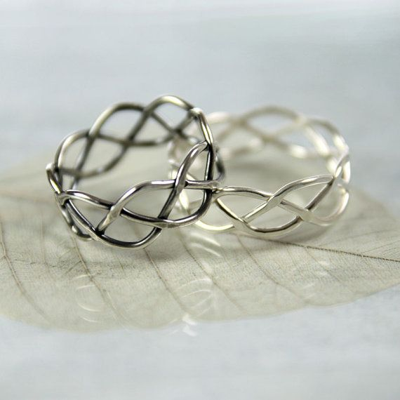For a touch of classic style and eternal symbolism this Celtic braided ring is just right.