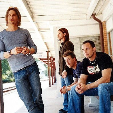 ALTER BRIDGE -- Old school... would someone please bring back relaxed fit jeans for men and banish skinny jeans to obscurity?